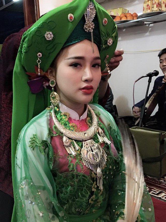 Thanh đồng Vũ Thùy Linh