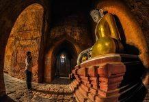Cầu nguyện đức Phật