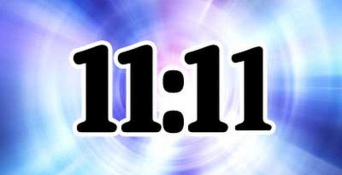 Khoảnh khắc 11 giờ 11 phút