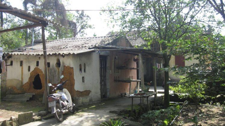 Nhà kho chùa Ba Vàng (2007)