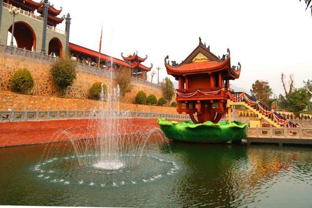 Chùa Một Cột ở chùa Ba Vàng