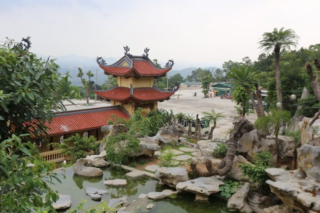 Kiến trúc chùa Ba Vàng