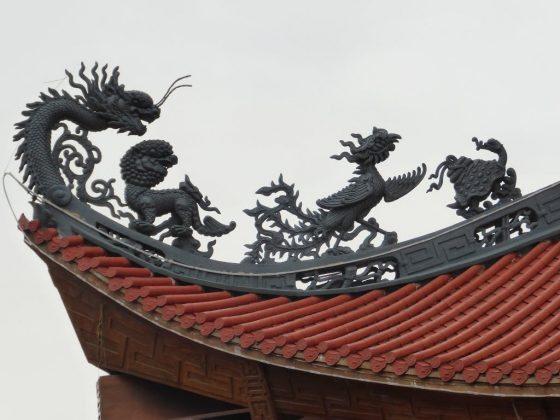 Mái chùa Ba Vàng