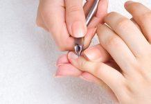 Tại sao không nên cắt móng tay vào ban đêm