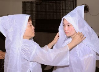 Trang phục tang lễ