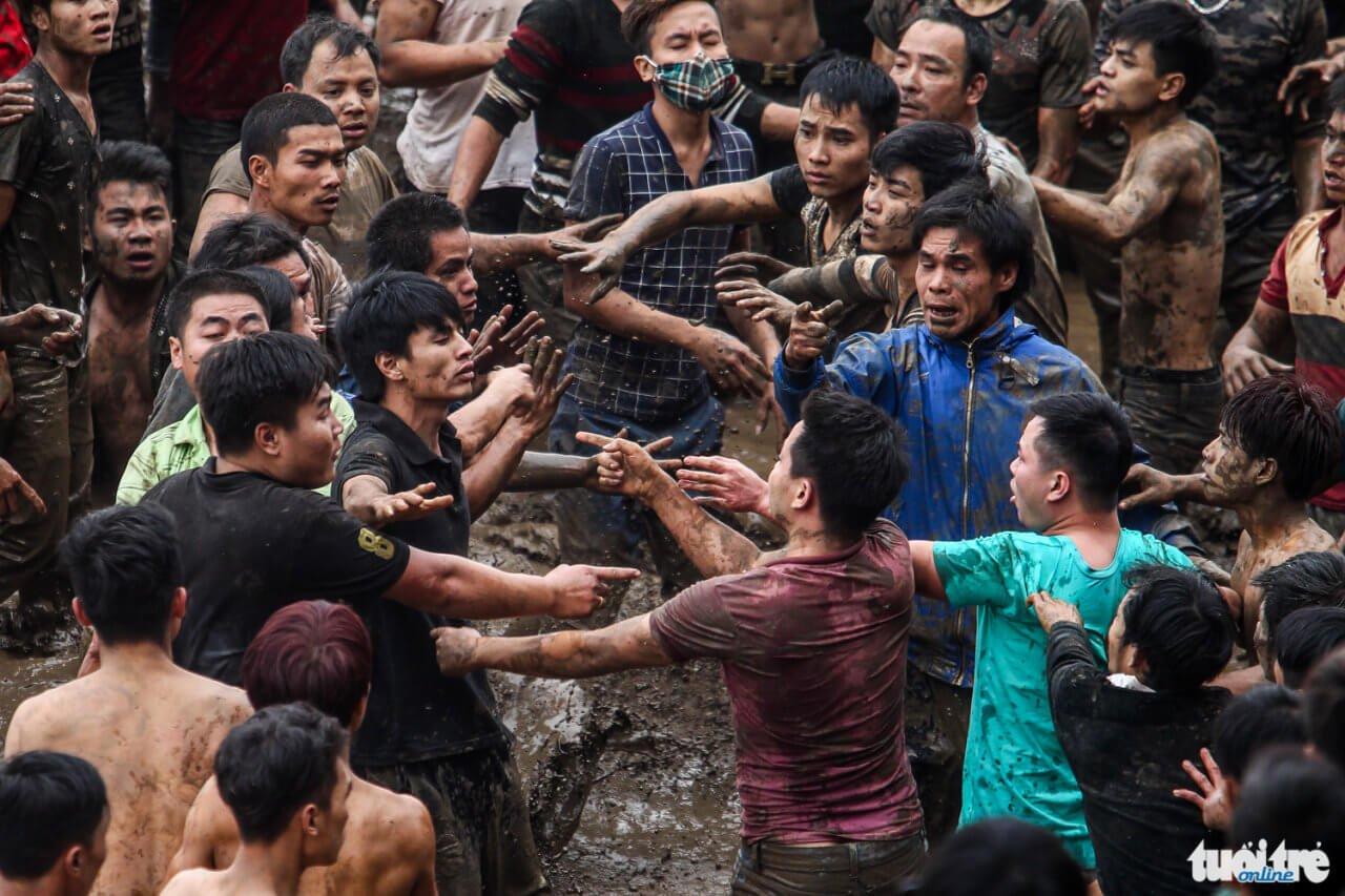 Lễ hội cướp phết Hiền Quan